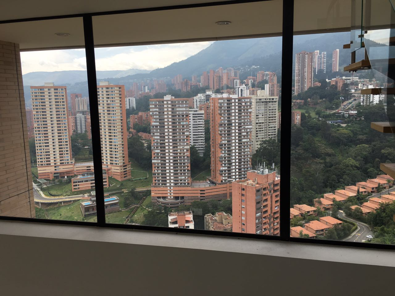 3BR Penthouse with an Amazing 360 View