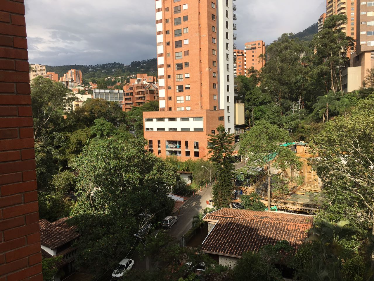 Apt in Poblado Alto with an amazing view of the city
